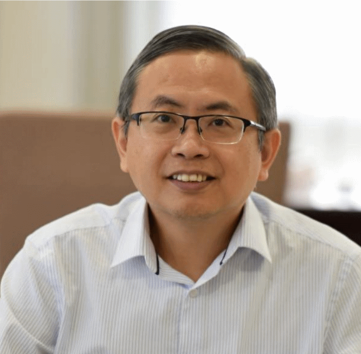 Professor Ewe Hong Tat